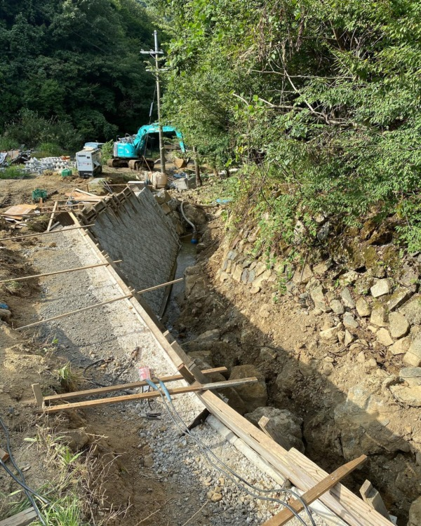 護岸の復旧工事 北都建設